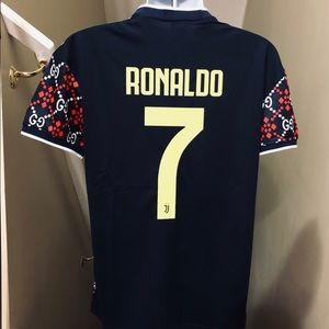 brand new c4d24 ad742 Juventus Concept GG Ronaldo #7 Soccer Jersey Gucci NWT